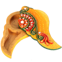 Wooden Kundan Crafted Half Mango Shaped chopra Online