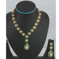 Green meena balls hanging necklace