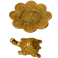Oxidized Golden Plated Tortoise in Flower Shaped Plate
