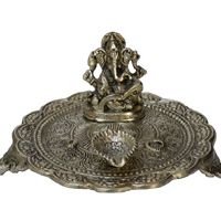 Oxidized Round Pooja Thali With Lord Ganesha & Diya