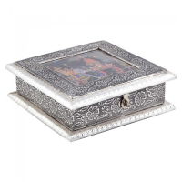 Oxidized rectangular dryfruit box