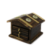 Soulfully designed Hut-shaped coaster set