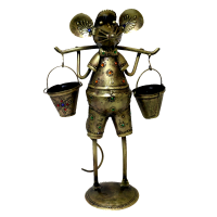 Brass coloured metal mouse showpiece