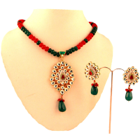 Kundan pendant set with dropped hanging earrings