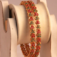 Lively multicolour bangles