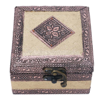Single compartment engraved resin jewellery box